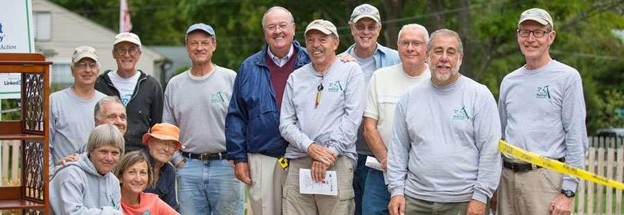 Volunteers-at-Strickland