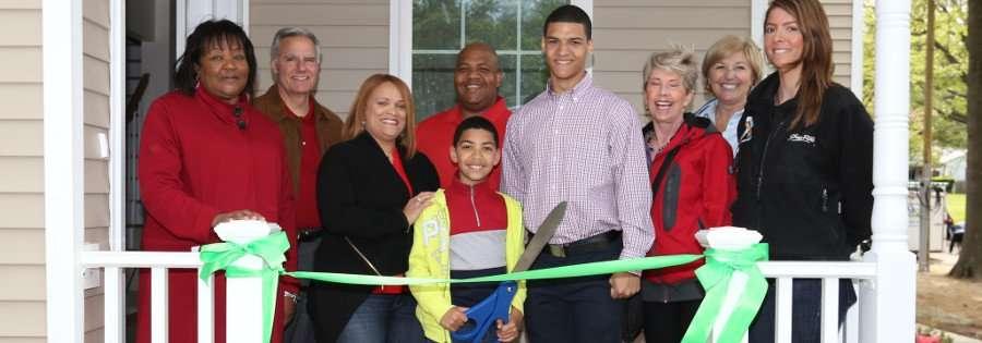Rondon family ribbon cutting